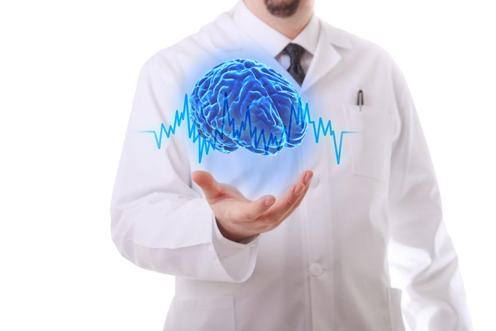 Мозг на руке врача