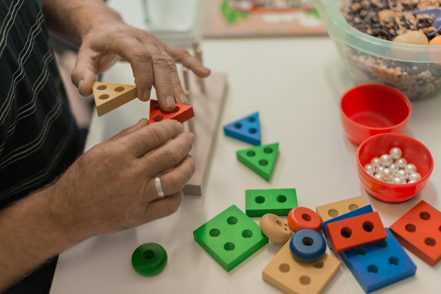 Развивающие игрушки после инсульта